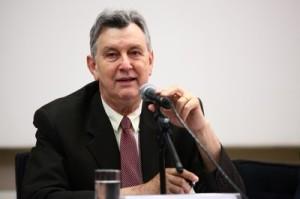 Luis Carlos Heinze